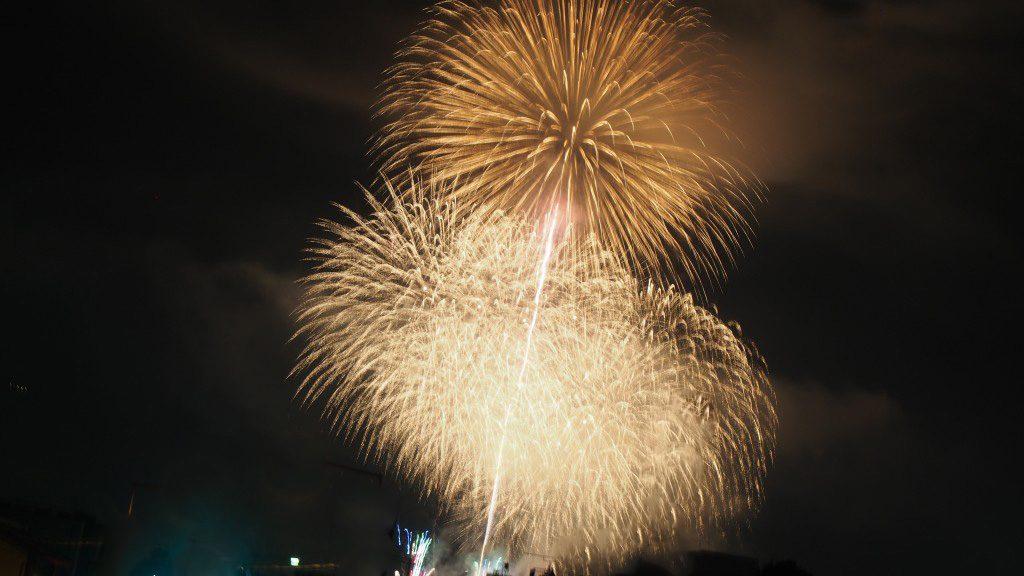川瀬祭の尺玉花火