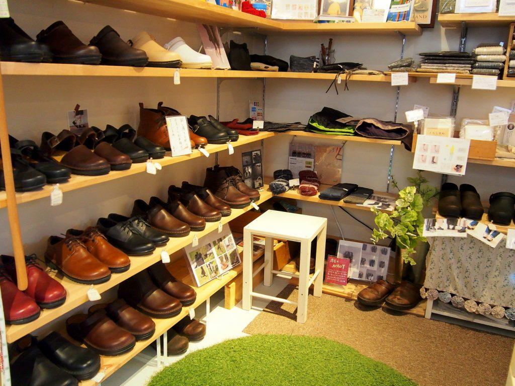 イニミニマニモ雑貨店 靴