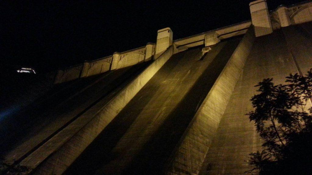 浦山ダムライトアップ3