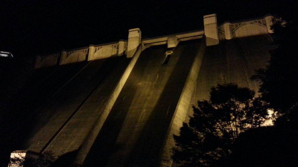 浦山ダムライトアップ2