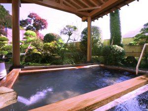 小鹿荘 露天風呂