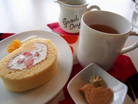 サンタカフェのロールケーキ